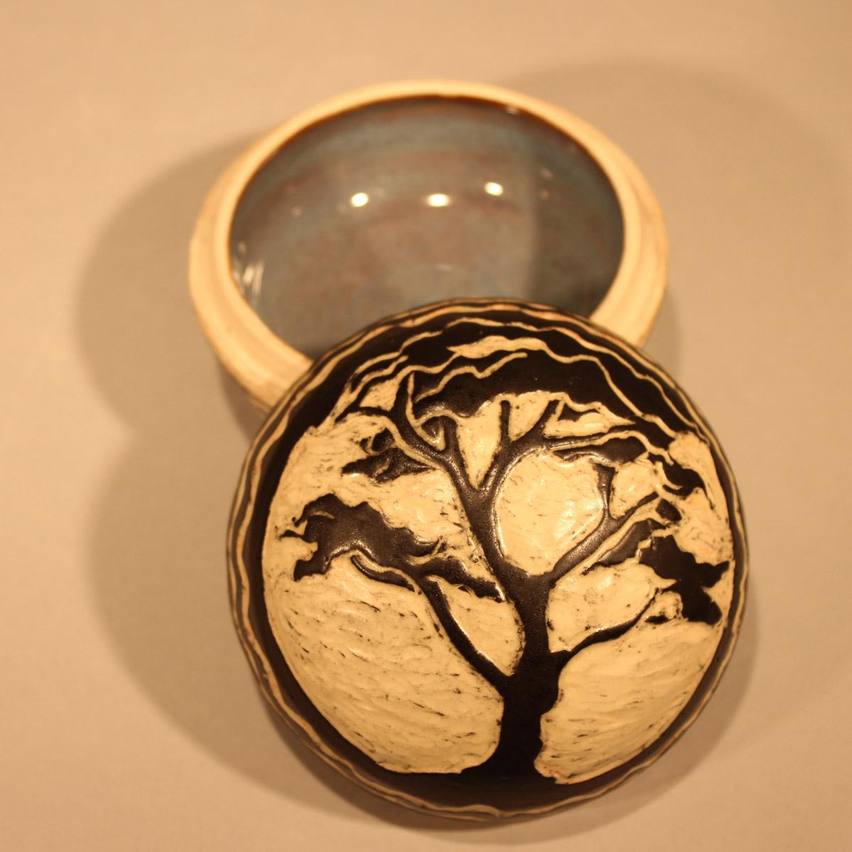 Cypress Tree Box, Sgraffito